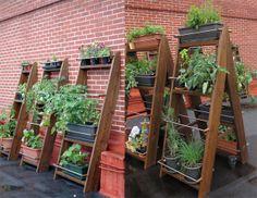 Escalera porta macetas for the outside pinterest - Arcos de madera para jardin ...