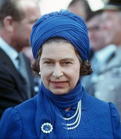 Her Majesty in Saudi Arabia, 1979 wearing her trademark pearls along with Prince Albert's Sapphire brooch.