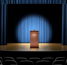 3 Ways to Master Public Speaking as an Online Student