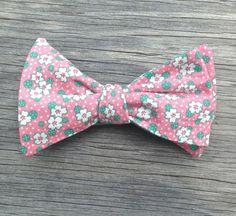Mens Bow Tie - Reversible Bow Tie -- Men's Floral Tie -- Pink Bow Tie