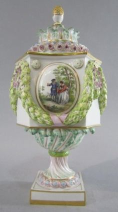 Meissen Porcelain Manufactory (Germany) - Vase, 19th century (402x723)