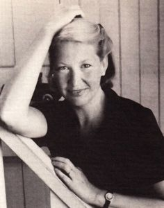 Annie Dillard on the Art of the Essay and Narrative Nonfiction vs. Poetry and Short Stories | Brain Pickings