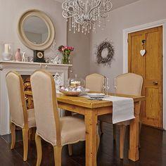 Esszimmer Wohnideen Möbel Dekoration Decoration Living Idea Interiors home dining room - Creme und Pinien Esszimmer