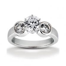 14k White Gold Three Stone Diamond Engagement Or Anniversary Ring Containing 0.6 Carats Of Diamonds In Hi Color And Si1-si2 Clarity