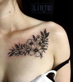 <center>Flower tattoo on collarbone blackwork by Yuliya Lintu frontshouldertattoos Tattoos For Women Flowers, Chest Tattoos For Women, Shoulder Tattoos For Women, Rosen Tattoo Frau, Rosen Tattoos, Front Shoulder Tattoos, Flower Tattoo Shoulder, Mini Tattoos, Body Art Tattoos