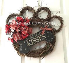Dog wreath Grapevine Dog Wreath Grapevine Wreath Beware Of Dog Crafts, Diy And Crafts, Arts And Crafts, Dog Wreath, Grapevine Wreath, Christmas Dog, Christmas Wreaths, Winter Wreaths, Printed Ribbon