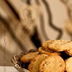 Kruche ciastka pomarańczowo - orzechowe Polish Recipes, Polish Food, Cake Cookies, Cupcakes, Sweet Treats, Recipies, Stuffed Mushrooms, Baking, Vegetables