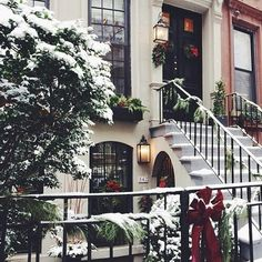 Winter and Christmas aesthetic Christmas Time Is Here, Christmas Mood, Noel Christmas, Merry Little Christmas, Christmas In The City, Beautiful Christmas, Christmas Tumblr, Christmas Coffee, Christmas Quotes