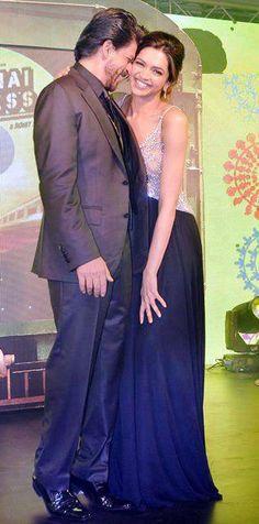 Shahrukh Khan and Deepika Padukone - promotion for Chennai Express (2013)