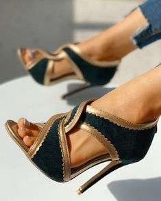 Women's Sexy Fashion Pumps/Heels Online Shoppifcang at Divasruby Cute Shoes, Me Too Shoes, Women's Shoes, Shoe Boots, Teen Shoes, Dress Shoes, Sandals Outfit, Fall Shoes, Summer Shoes
