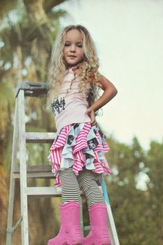 Cascading Ruffle Skirt Tutorial and Download via lilblueboo.com