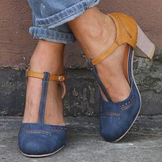Women Vintage Color Block Sandals Casual Chunky Heel Buckle Shoes - gifthershoes Source by clairissa Oxford Shoes Heels, Women Oxford Shoes, Women's Shoes, Pumps Heels, High Heels, Buy Shoes, T Strap Heels, Shoes Style, Flat Shoes