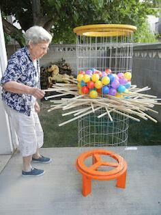 Life-size Kerplunk game (with instructions). I love lawn games! - Mahlen und spiele - Life-size Kerplunk game (with instructions). I love lawn games! What is better than -