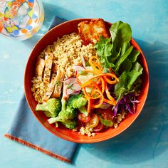 Chickpea Rice Bowls with Chicken & Halloumi Clean Recipes, New Recipes, Favorite Recipes, Healthy Recipes, Healthy Foods, Chicken And Halloumi, Healthy Eating, Healthy Lunches, Healthy Dinners