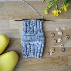 Junasukanvarsi - 52 sukanvartta - Neulovilla Knitted Hats, Knitting, Ideas, Tejidos, Tricot, Breien, Stricken, Weaving, Knits