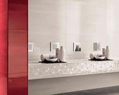 Rote Bad Fliesen, Kombiniert Mit Weißem Mosaik