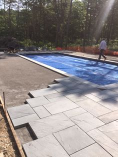 """Determine more relevant information on """"outdoor kitchen countertops granite"""". - Determine more relevant information on """"outdoor kitchen countertops granite"""". Check out our int - Backyard Pool Landscaping, Backyard Pool Designs, Swimming Pools Backyard, Pool Decks, Inground Pool Designs, Swimming Pool Designs, Pool Paving, Concrete Pool, Piscine Simple"""