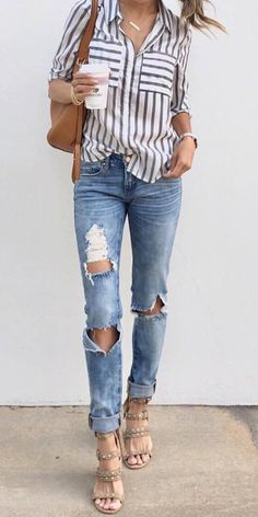 trendy outfit: shirt + bag + rips + heels