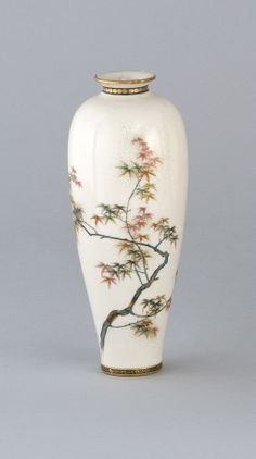 Satsuma pottery vase. Lot 132 in the Spring Asian Art Auction.