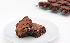 Enjoy nutty chocolate bliss with every bite on International Chocolate Day! Baking Chocolate, Chocolate Brownies, Chocolate Recipes, No Bake Desserts, Dessert Recipes, Epicure Recipes, Yummy Treats, Yummy Food, Good Bakery