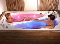 Yin-Yang Bathtub for Couples Makes Baths Harmonious