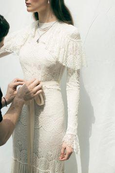 La primera colección de novias de Juanjo Oliva   Casilda se casa