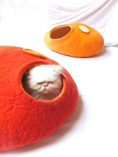 Cat cave/Cat bed/Cat house/Cat vessel Handmade from by Grazim. $55.00, via Etsy.