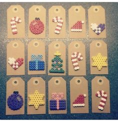 Christmas gift tags with perler beads Hama Beads Design, Diy Perler Beads, Hama Beads Patterns, Perler Bead Art, Beading Patterns, Christmas Present Tags, Diy Christmas Gifts, Christmas Perler Beads, Diy Cadeau Noel