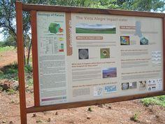 Painel: Cratera de Impacto Vista Alegre. Coronel Vivida - Paraná. http://www.coronelvivida.pr.gov.br/institucional.php?id=422&modulo=6&idmen=4