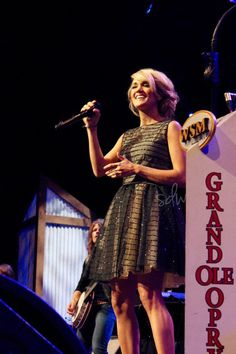 Another pic of Carrie from the Opry!!