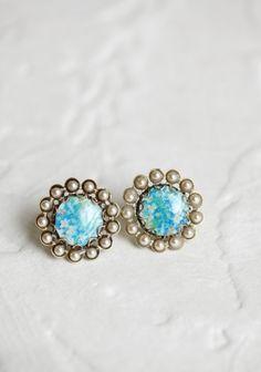 Indie Earrings in blue