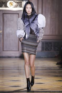 Sophie Theallet Fall 2016 Ready-to-Wear Collection Photos - Vogue Fashion Week, High Fashion, Fashion Show, Sophie Theallet, Rock Outfits, Vogue Paris, Fall 2016, Editorial Fashion, Nice Dresses