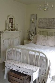 I absolutely love this white shabby chic room. The white fireplace with the curtain is a great idea! Shabby Chic Bedrooms, Bedroom Vintage, Shabby Chic Homes, Shabby Chic Furniture, Shabby Chic Decor, Trendy Bedroom, Farmhouse Furniture, Romantic Bedrooms, Chabby Chic