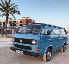 T3 Vw, Volkswagen Bus, Vw Camper, Audi, Bmw, My Passion, Classic Cars, Sculptures, Germany