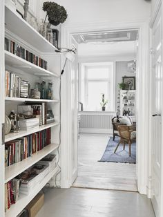 Space-saving scandinavian home library. It will be perfect for apartment or small house with super tiny room. Home, Scandinavian Home, Apartment, Home Library, Boho Apartments, House Styles, Home And Living, Interior, House Interior
