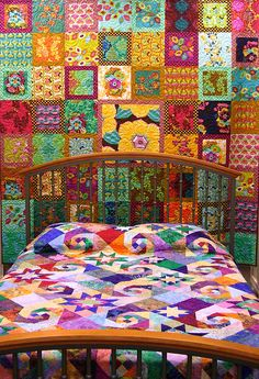 wow wow wow... this would help me wake up in the morning... and I would wake up smiling - hippie trippy quilt bedspread