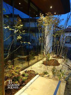 街中の雑木林にたたずむクリニック|病院の新築外構植栽|愛知の庭・外構デザイン|ティーズガーデンスクエア