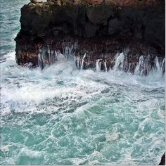 """PAGE 19 from """"Maui, Hawaii - Photo Journal"""" by K. S. Baresic"""
