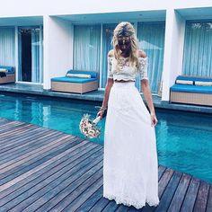 The modern bride. #doityourway #graceloveslace #theuniquebride  Shop JASMINE http://ift.tt/10Qabs1 by grace_loves_lace
