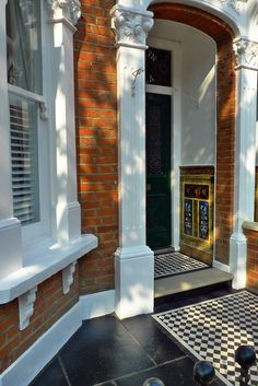 clapham-balham-Victorian-front-garden-mosaic-tile-path-red-brick-wall-black-paving-metal-wrought-iron-gate-and-rail-london-12.jpg 1,068×1,600 pixels