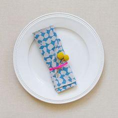 Napkin+ flower on table setting