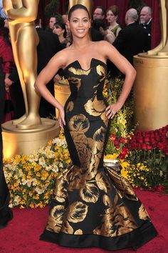 e46b0d7444 At the Oscars in a black House of Dereon Couture fishtail gown. Beyonce And  Jay