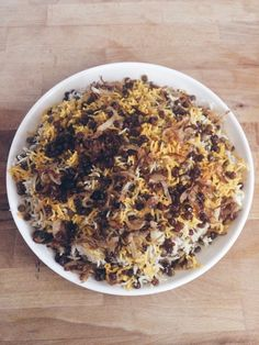 persisch (Persische Küche) Adas Polo - Marysmessykitchen This is not the only landscaping picture th Spicy Recipes, Asian Recipes, Lacto Vegetarian Diet, Famous Recipe, Rice Dishes, International Recipes, Food Inspiration, Tapas, Good Food
