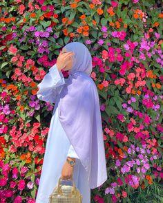 Hijab Fashion Summer, Modern Hijab Fashion, Hijab Fashion Inspiration, Abaya Fashion, Muslim Fashion, Modest Fashion, Fashion Dresses, Fashion Ideas, Mode Abaya