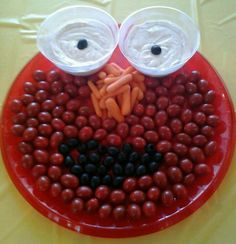 I made this elmo veggie try for my 3 year olds birthday party!