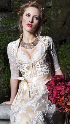 Trend 2015: Heiraten im Brautdirndl