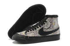 innovative design 1c1bd 6a210 Femmes Nike Blazer Solde High Fur Noir Gris Dandelion Chaussures NIkeBlazer  -  Nike Chaussure Pas Cher,Nike Blazer and Timerland