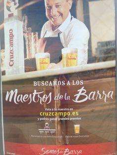 Es otro cartel publicitario de la cerveza Cruzcampo. La tipografía empleada evoca a lo tradicional y artesano pero con un toque más moderno. Málaga #tipocallejera #tipo1516