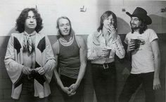 28th Sept 1974, Bad Company went to No.1 on the US album chart with their self-titled debut album. Paul Rodgers and Simon Kirke had come out of Free while Mick Ralphs had played guitar with Mott The Hoople and Boz Burrell was bass player for King Crimson before the group formed in 1973. They produced six albums together before disbanding in 1983. More on Bad Company: http://www.thisdayinmusic.com/pages/supergroups