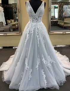 Prom Dresses Ball Gown, Tulle Prom Dress, Bridal Dresses, Ball Gowns, Winter Ball Dresses, Bridesmaid Dresses, Dresses Dresses, Dress Lace, Bridal Gown